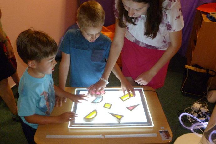 LED světelný panel pro Barevnou třídu