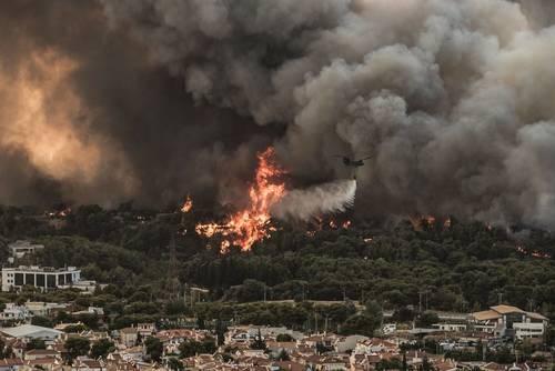 Pomoc pro rodiny postižené požáry v Řecku
